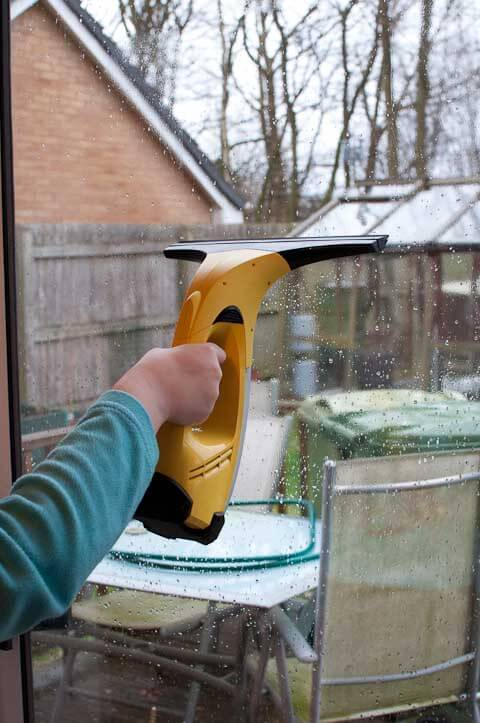 The karcher window cleaner in action
